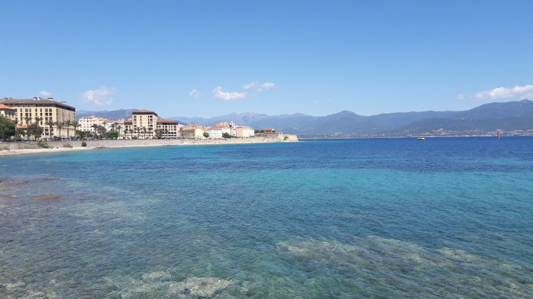 Ajaccio mer plage paysage Corse
