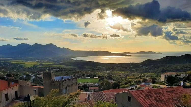 Calvi Corse paysage coucher de soleil